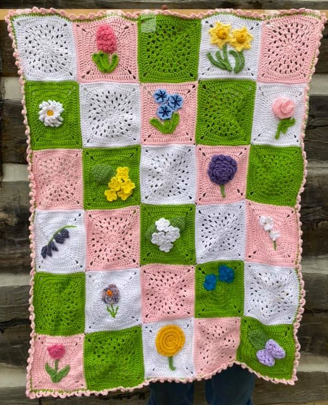 Spring Flowers Blanket by Edythblayn.com - part of a Spring Floral crochet pattern round-up by The Crafty Therapist
