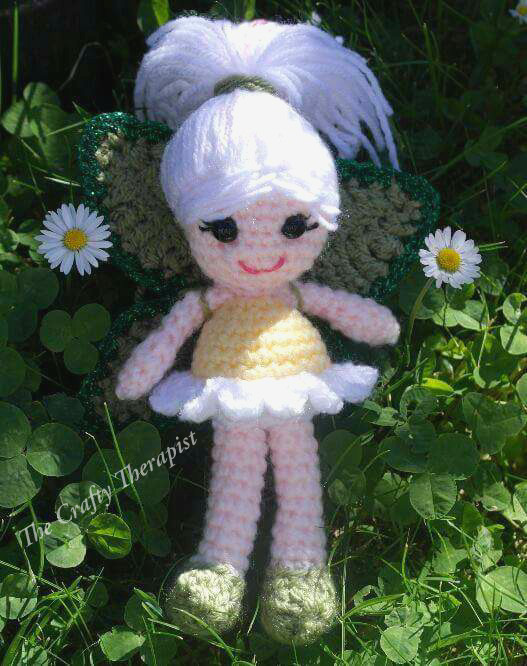 Daisy Flower Fairy by The Crafty Therapist - Part of a Spring Floral crochet pattern round-up by The Crafty Therapist